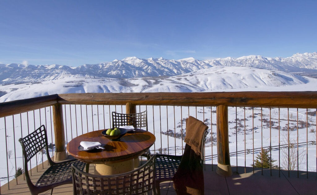 Amangani one of the best luxury hotels in yellowstone and grand tetons